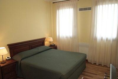 Hotel Villa del Poeta***