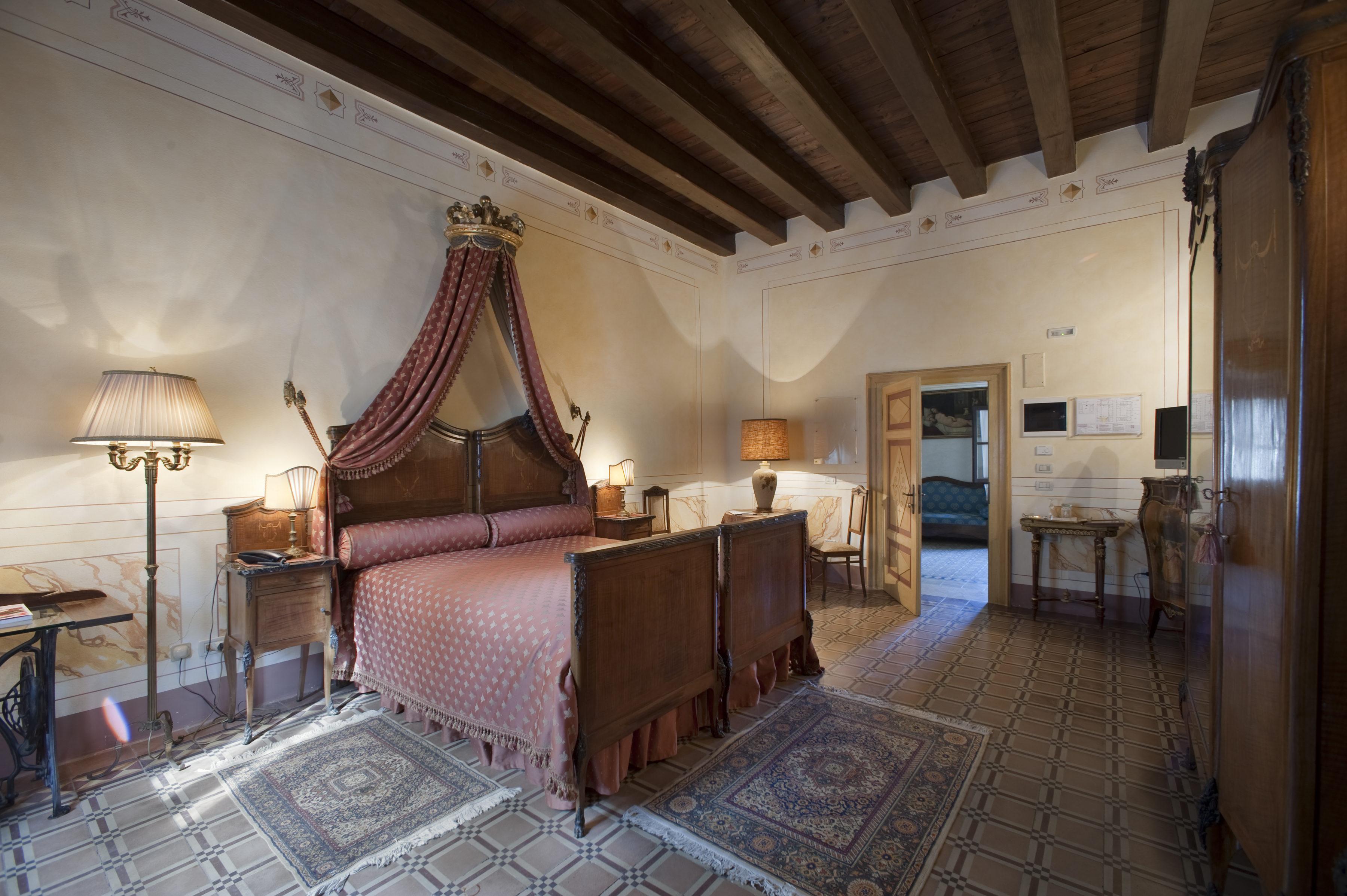 Il Castello Di Bevilacqua Hotel Hotel Accomodation